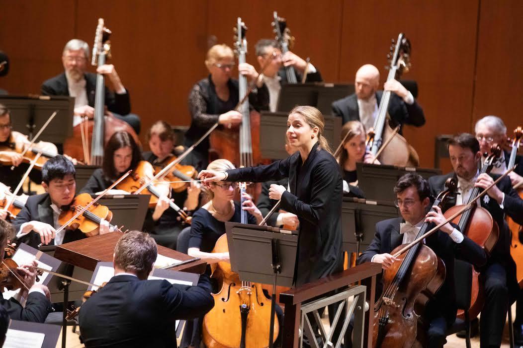 Karina Canellakis conducts the Atlanta Symphony Orchestra.