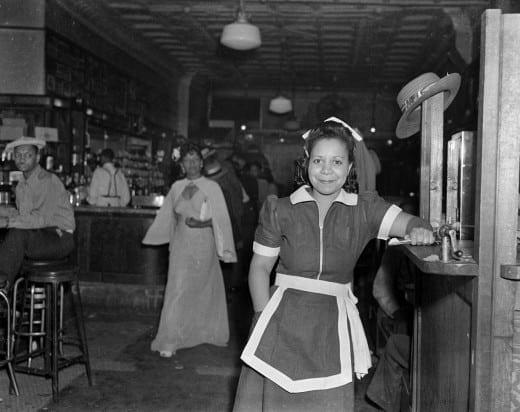 "Charles ""Teenie"" Harris: ""Waitress at the Crawford Grill, Pittsburgh, Pennsylvania."" c.1952, Gelatin silver print, 16 x 20, © 2004 Carnegie Museum of Art, Charles ""Teenie"" Harris Archive."