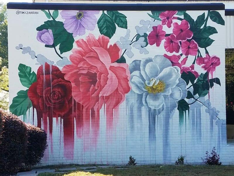 Nini Zarrabi mural