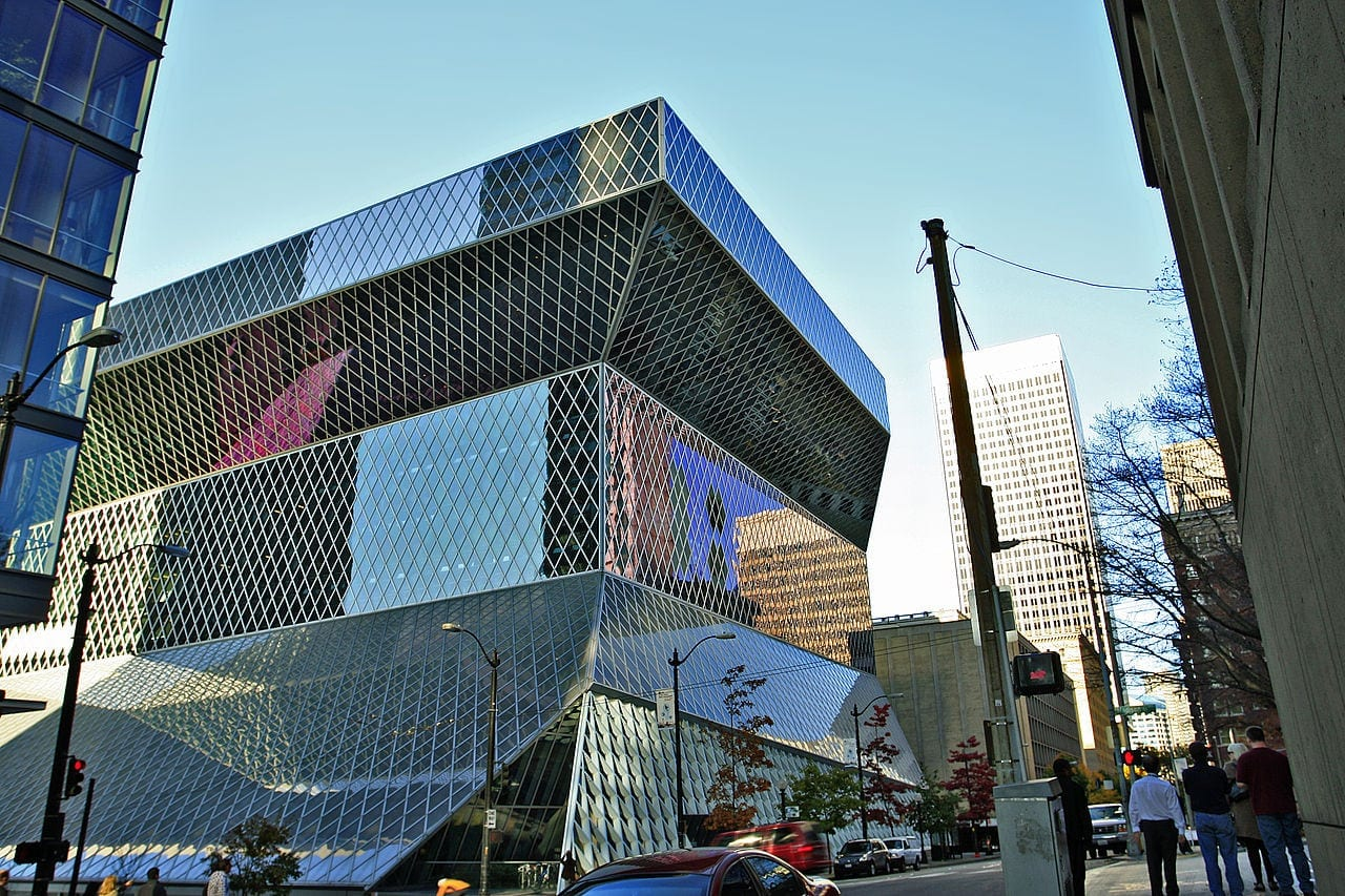 Seattle's Central Library. Image courtesy Wiki Commons.