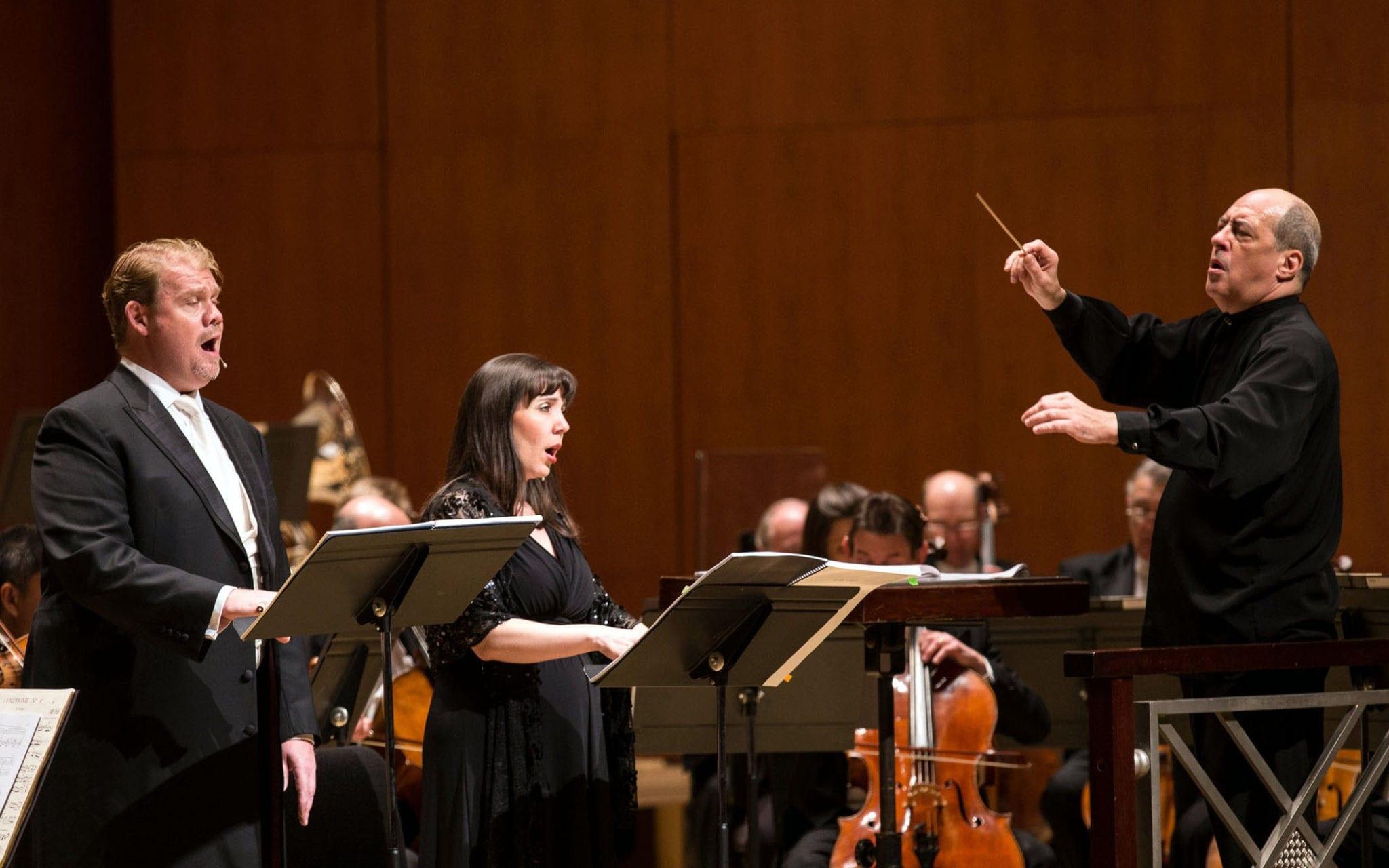 Stuart Skeleton (left), Jessica Rivera and ASO Music Director Robert Spano. (Photo by Jenni Girtman)