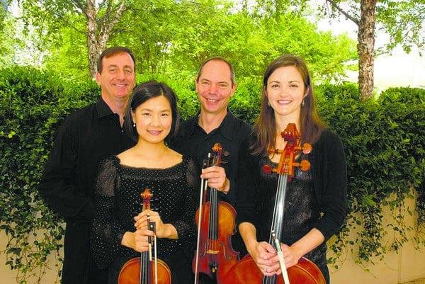 Hemphreys with the Peachtree String Quartet.