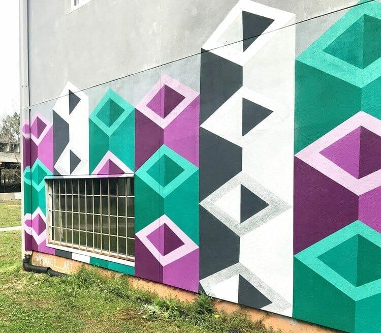 Atlanta muralist Marge Radford