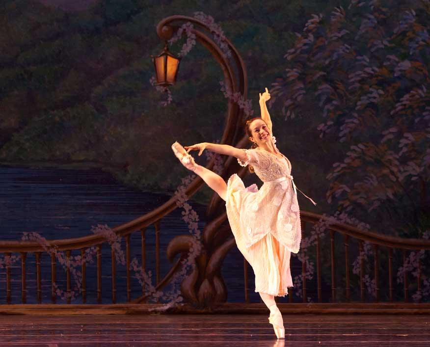 Rogers as Marya in Atlanta Ballet's Nutcracker.