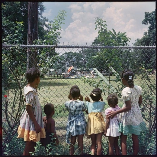 Gordon Parks: Outside Looking In, Mobile, Alabama,1956, courtesy of and copyright The Gordon Parks Foundation.