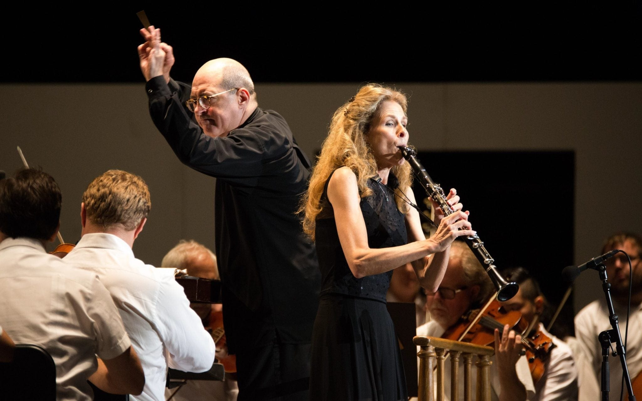 Robert Spano (left) with principal clarinetist Laura Ardan. (Photos by Jeff Roffman)