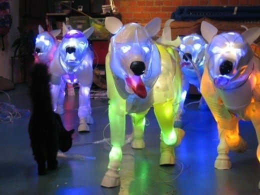 Cynthia Minet: Pack Dogs, post-consumer plastic and LEDs. Courtesy of the artist.