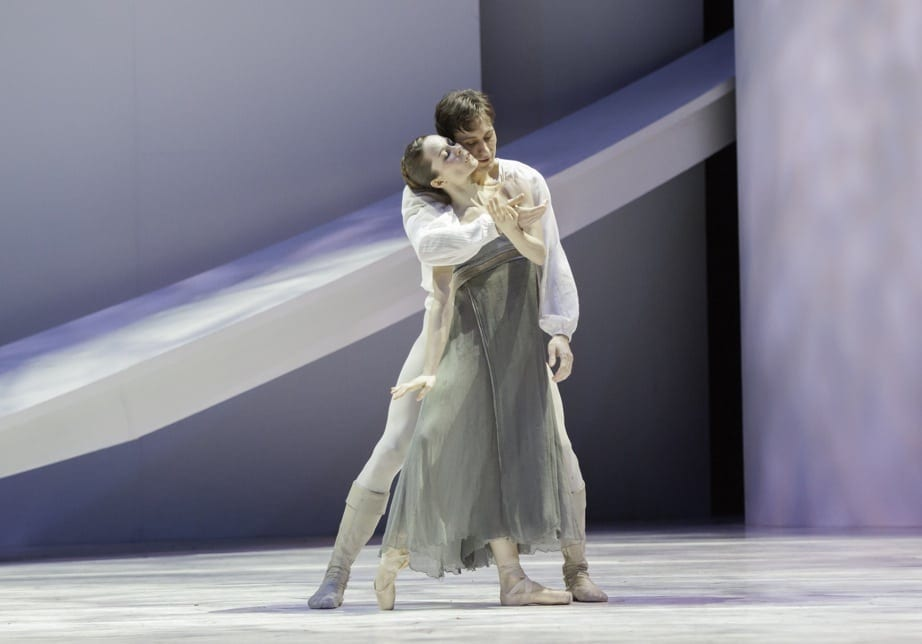 Alessa Rogers and Christian Clark in Atlanta Ballet's smoldering Romeo et Julliette. (Photo by Charlie McCullers)