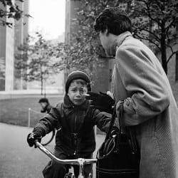Vivian Maier: Untitled, new York, 1954