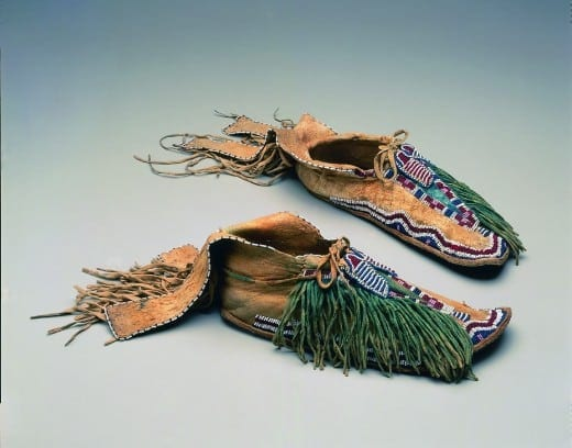 Moccasins, ca. 1870, Numunuu Comanche), Texas or Oklahoma, hide, glass beads, pigment.