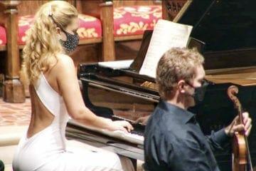 Julie and David Coucheron
