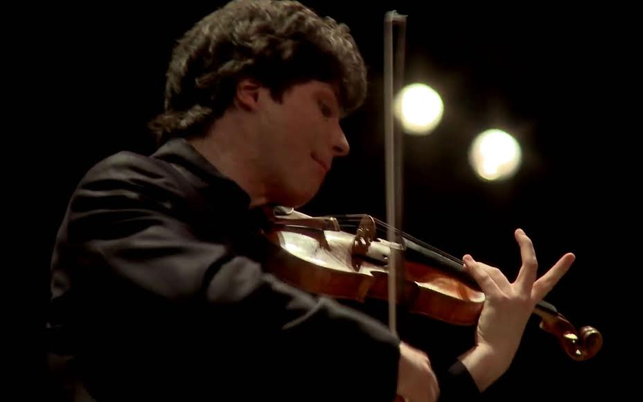 Augustin Hadelich played a 1723 Stradivarius. (Photo by Kristin Sloan)
